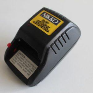 Batteries, chargeurs et accessoires